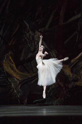 Natalia Osipova in action.