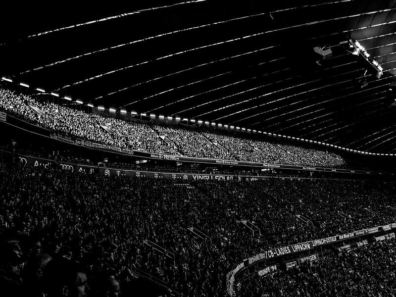 Fans_Munich, Ger_G.LHeureux-2858