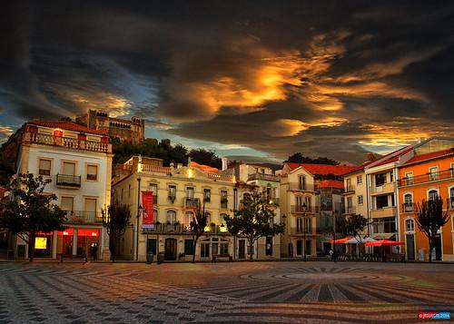 plaza sunset storm castle portugal clouds buildings square atardecer edificios nikon dusk nubes tormenta castillo leiría jesuscm