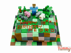 indoor games and sports(0.0), play(0.0), food(0.0), inflatable(0.0), toy block(1.0), games(1.0), birthday cake(1.0), toy(1.0),