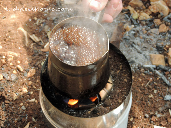 arabic-coffe-on-a-rocket-stove-07