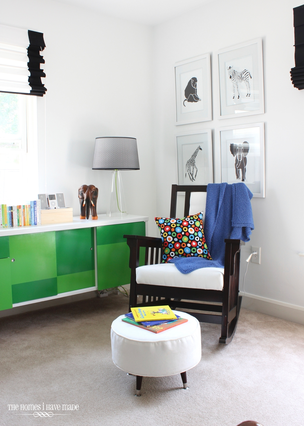Henry's Reading Nook-001