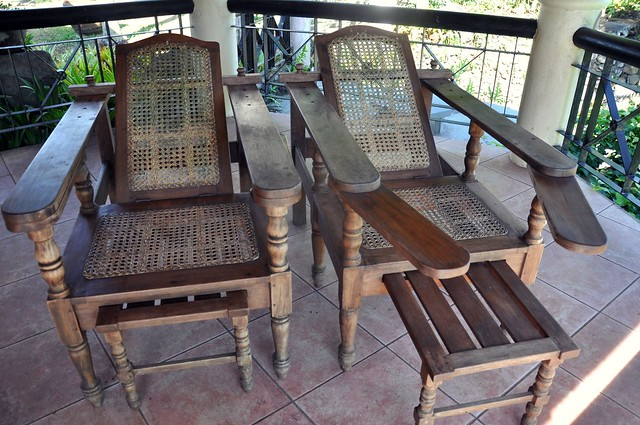 Filipino Lounge Chairs