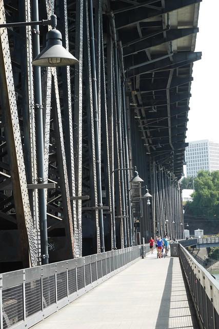 金, 2015-07-17 10:36 - Steel Bridge, 自転車・歩行者用通路
