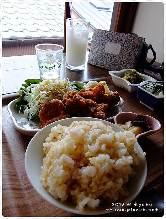 iyasaka食堂 (15).jpg