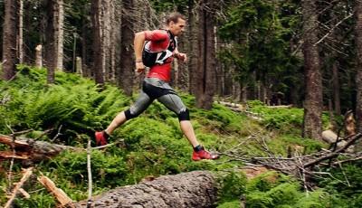 Běh z kopce