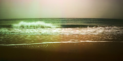Gloomy Wave