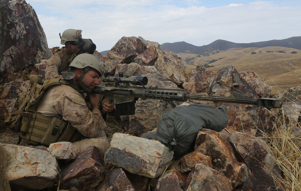 Recon Marines seize enemy objective during raid exercise [Image 1 of 7]