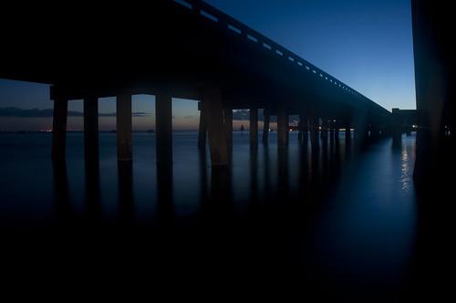 usa water night nikon wasser unitedstates florida destin eastpass okaloosacounty d5000 fisherbray marlerbridge