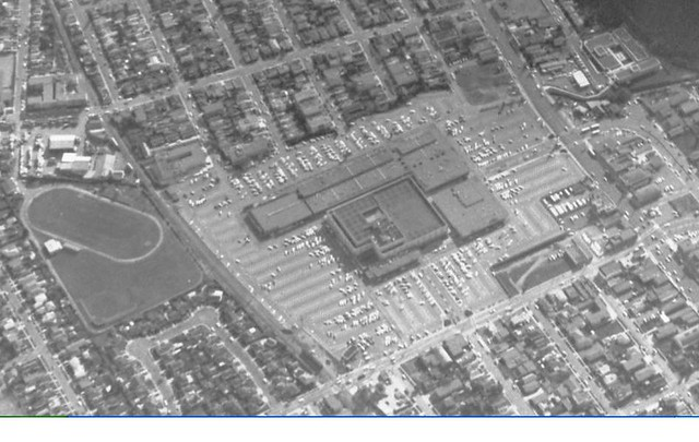 plaza1962