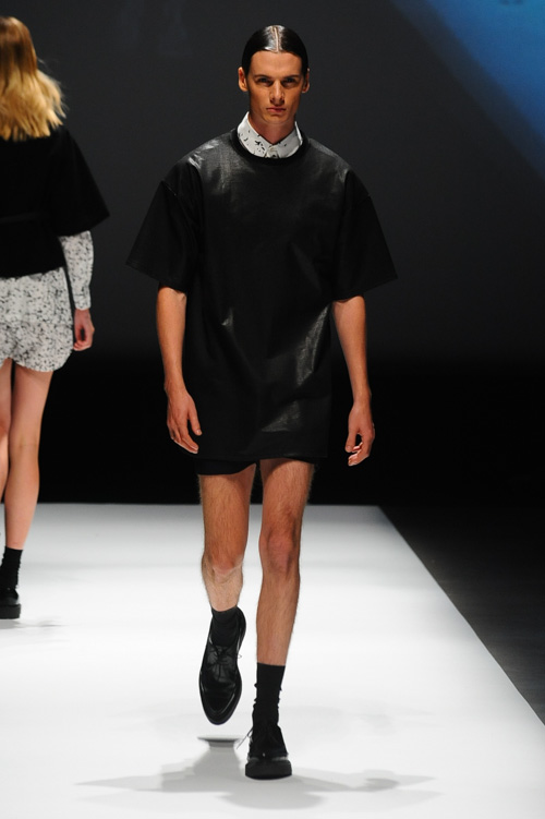 SS14 Tokyo DRESSEDUNDRESSED015_Angus Low(Fashion Press)