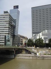 Wien: Mediatower and Sofitel hotel