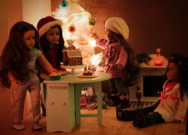 American Girl Christmas Scene Fireplace Tutorial