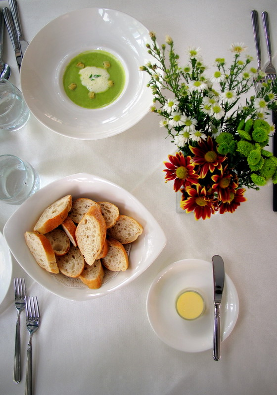 Maison Francaise Kuala Lumpur - bread and soup