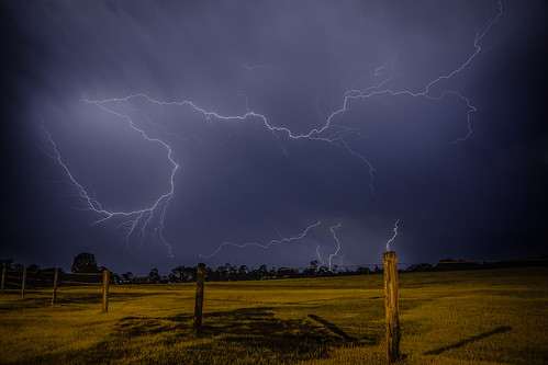 nightphotography storm rural canon fence post matthew farm australia queensland southside lightning tamron 6d stormchasing gympie 2875mm stormphotography matthewpost