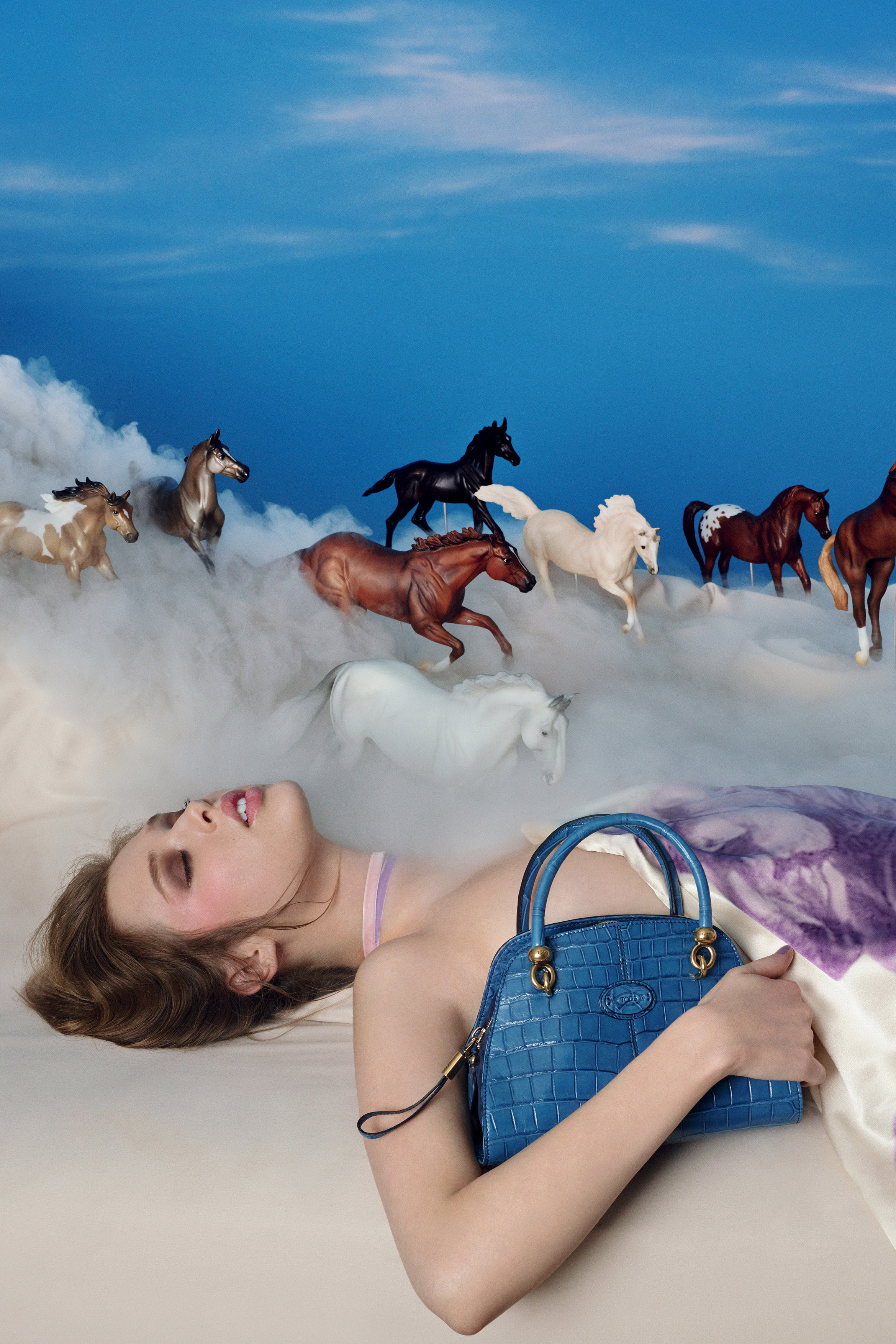 tods-pop-touch-by-david-lachapelle-00