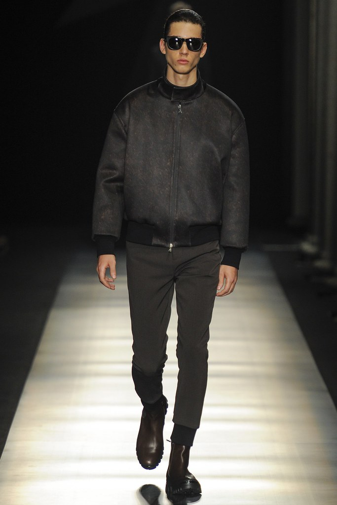 FW14 Milan Neil Barrett038_Abiah Hostvedt(VOGUE)