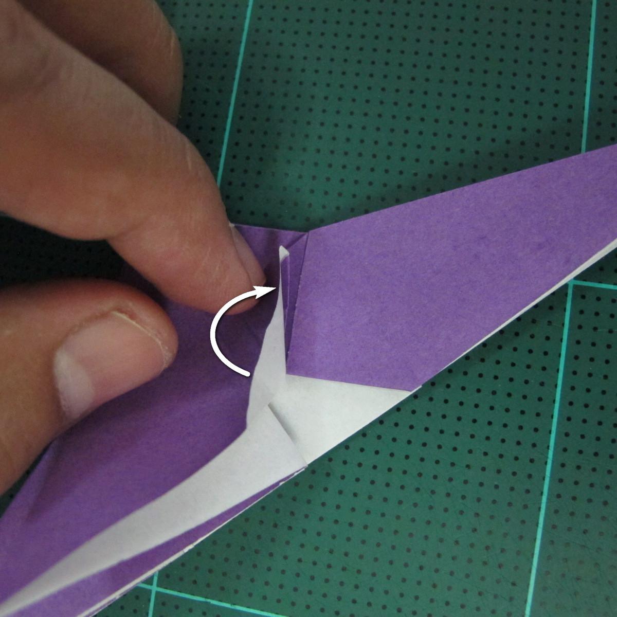 วิธีพับกระดาษเป็นรูปนกอินทรี (Origami Eagle) 010
