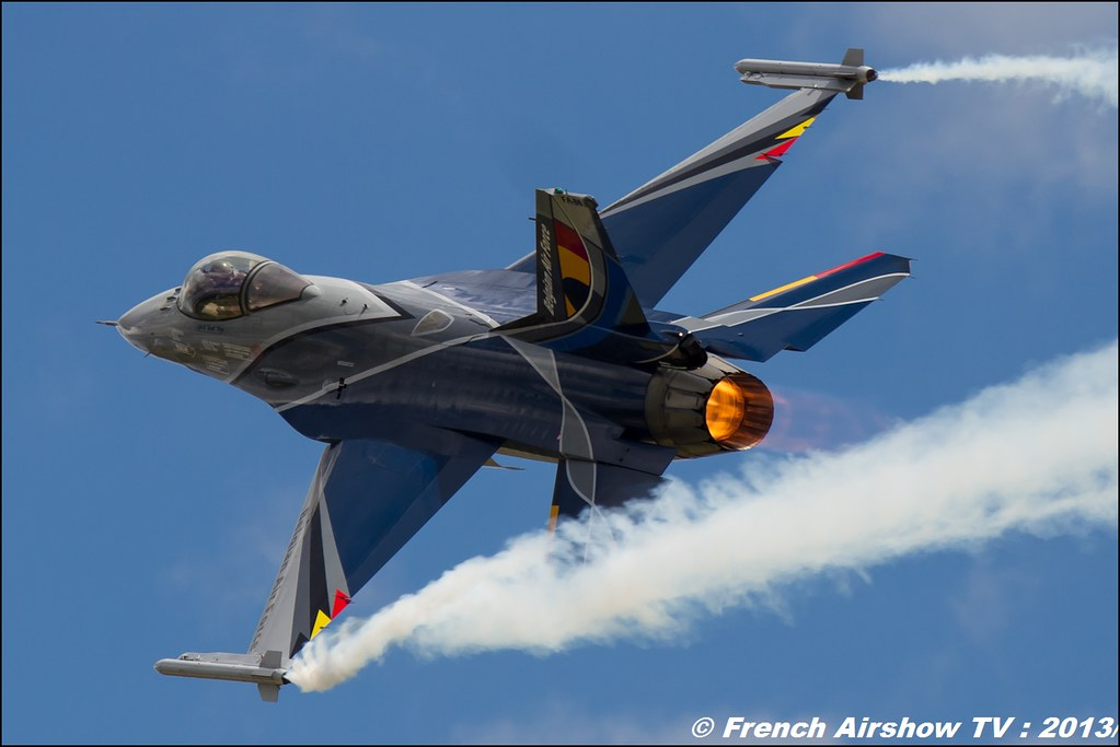 F-16 Solo Display belge au 60 ans PAF
