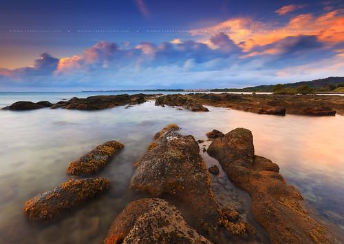 ocean seascape beach sunrise malaysia sabah kudat bakbak