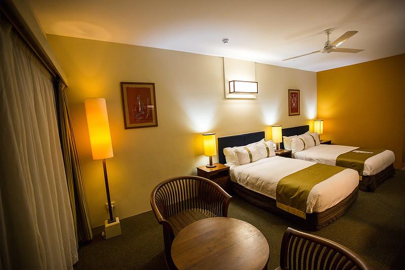 Gagadju Crocodile Holiday Inn room, Jabiru - Photo by Parks Australia