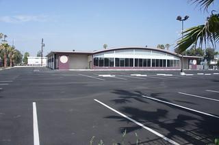 Former Safeway store