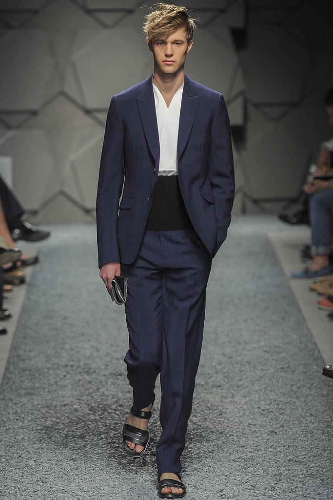 SS14 Milan Z Zegna007_Cristian Pfingstag(vogue.co.uk)
