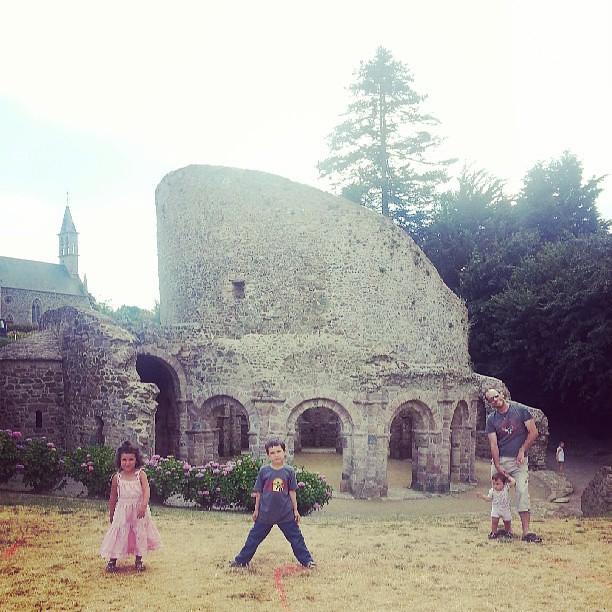 Au temple de #lanleff #blog #blogueuse #ourlittlefamily #family #france #famille #paimpol #vacances #bretagne #bretagne