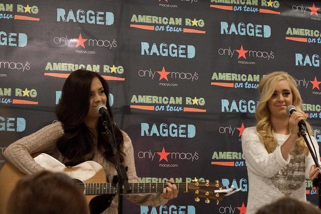 Megan & Liz: American Rag Tour