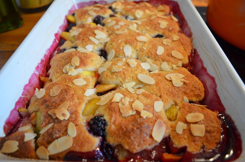 blackberry_nectarine_cobbler_baked
