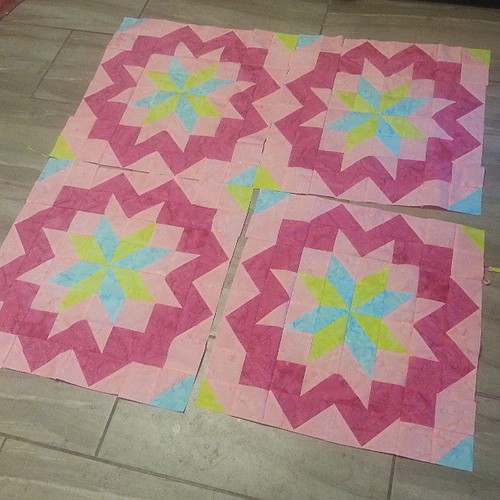 Star surround quilt a long