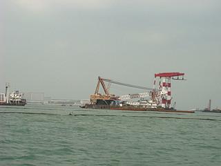 007 Bouw van brug naar Macau