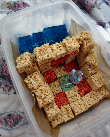 Minecraft Sandtemple Birthday Cake