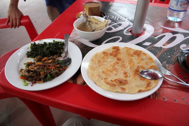 Sitting down for breakfast at Mzuri Sana restaurant in Stone Town, Zanzibar