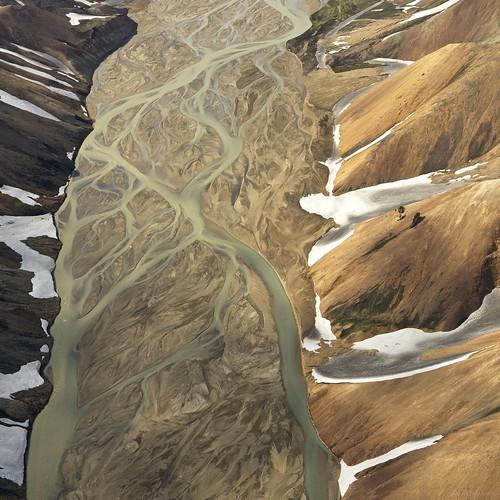 snow rock river square landscape iceland glacier helicopter landmannalaugar afszoomnikkor2470mmf28ged jökulgilriver