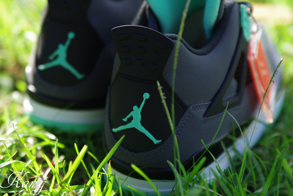 戶外開箱嘗試 - Air Jordan IV Retro Green Glow