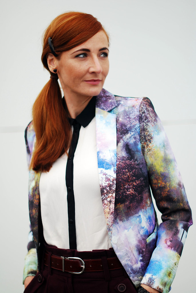 Landscape patterned blazer and black & white shirt