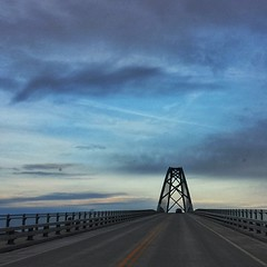 The home stretch. #vermont #roadtrip #finale #sunset #bridge