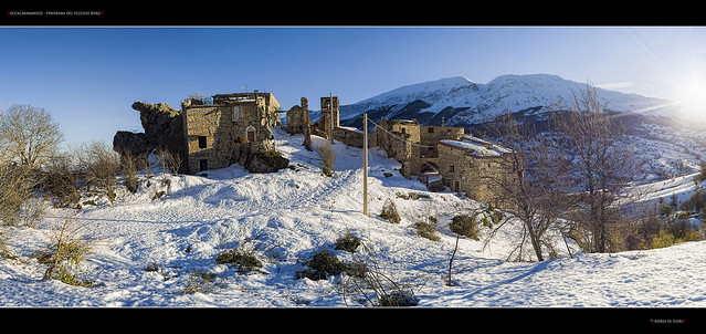 Roccacaramanico - Panorama del vecchio borgo