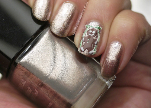 Holiday Nails Gingerbread Man