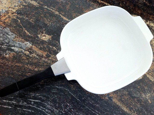 Blue Cornflower Corning Ware A-10-B Pan with Detachable Handle