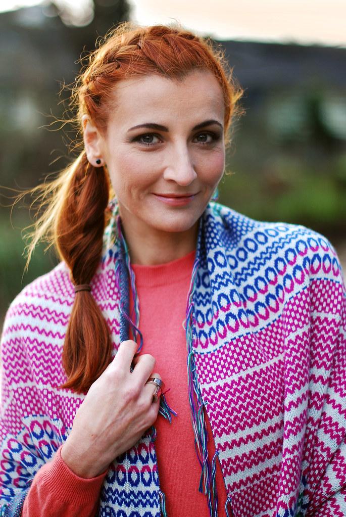 Multicoloured shawl & coral sweater