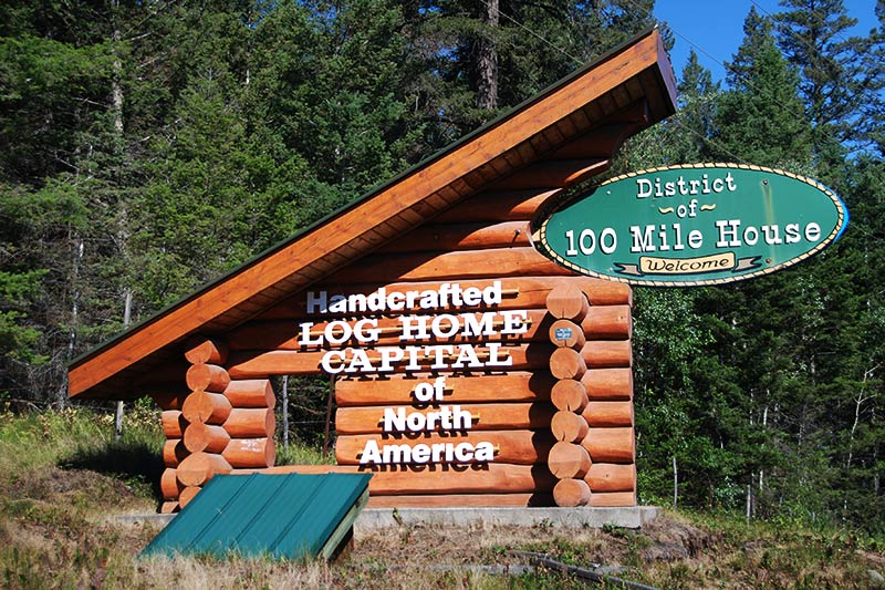 100 Mile House, Highway 97, Cariboo, British Columbia, Canada