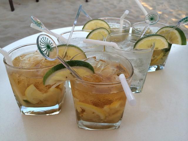 Cocktails - Wave Bar & Lounge