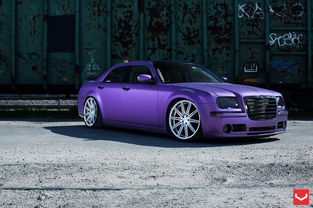 Dumped Society S Supercharged 300c On Vossen Cv4 S Archive Lx