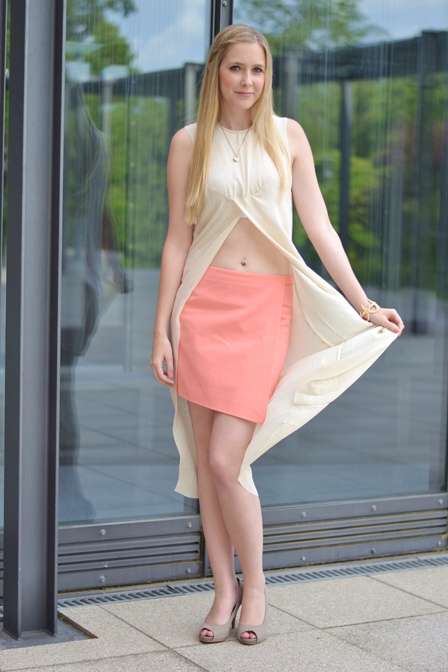 Outfit C&C Coral and Crop Top (7)