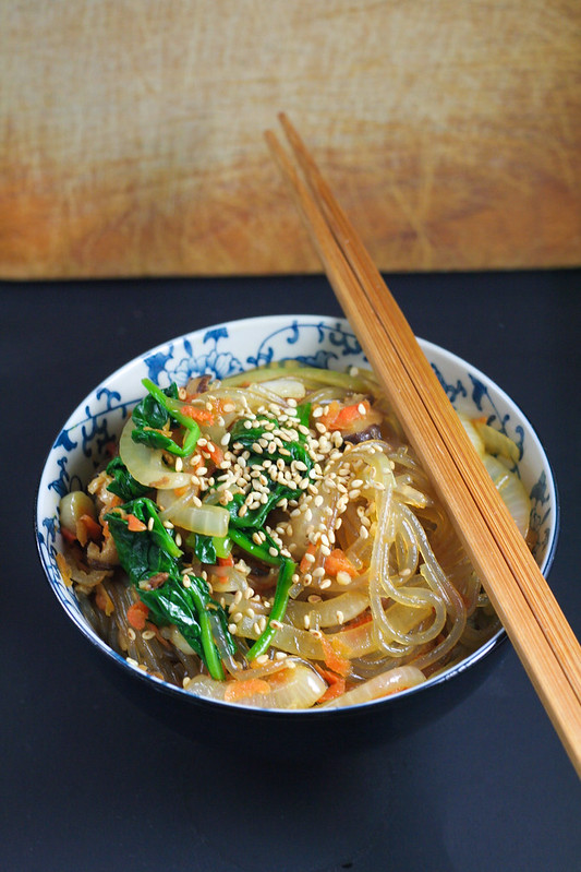 spicy soba noodles with chickenin this kitchen