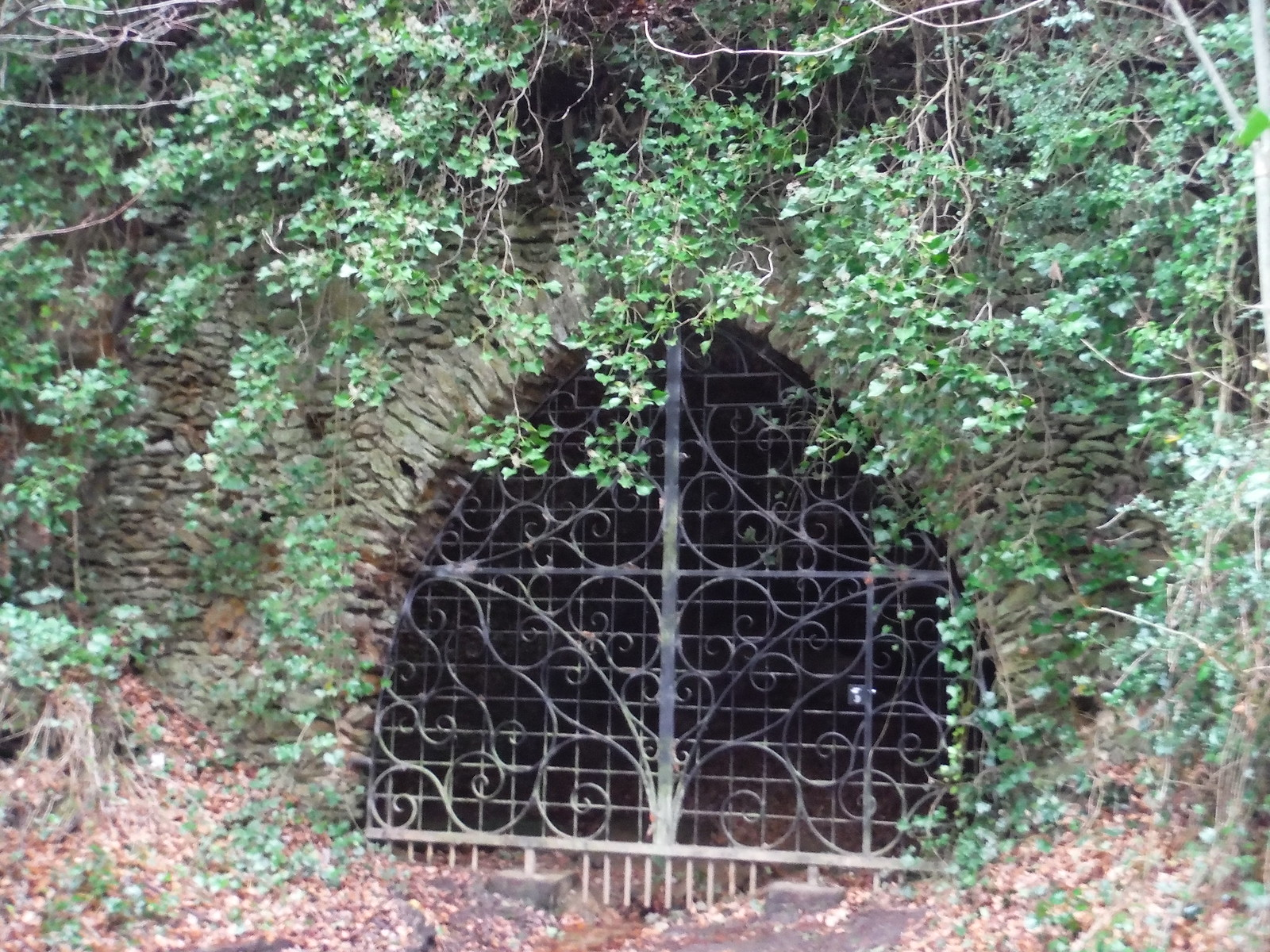 Mother Ludlam's Cave, Moor Park Heritage Path SWC Walk 144 Haslemere to Farnham