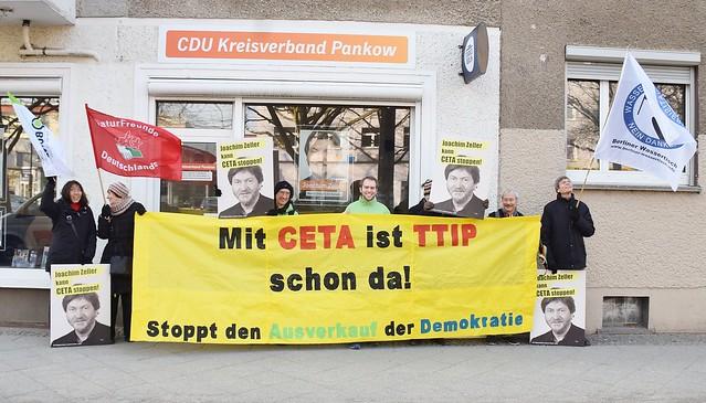 10.02.17: Kundgebung vor dem Europabüro von Joachim Zeller (CDU)