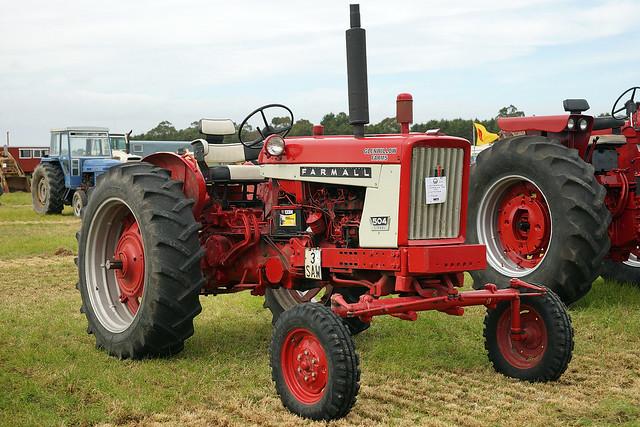 1967 Farmall 504 Tractor